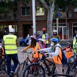 Pedalant cap al futur amb el Bus Bici
